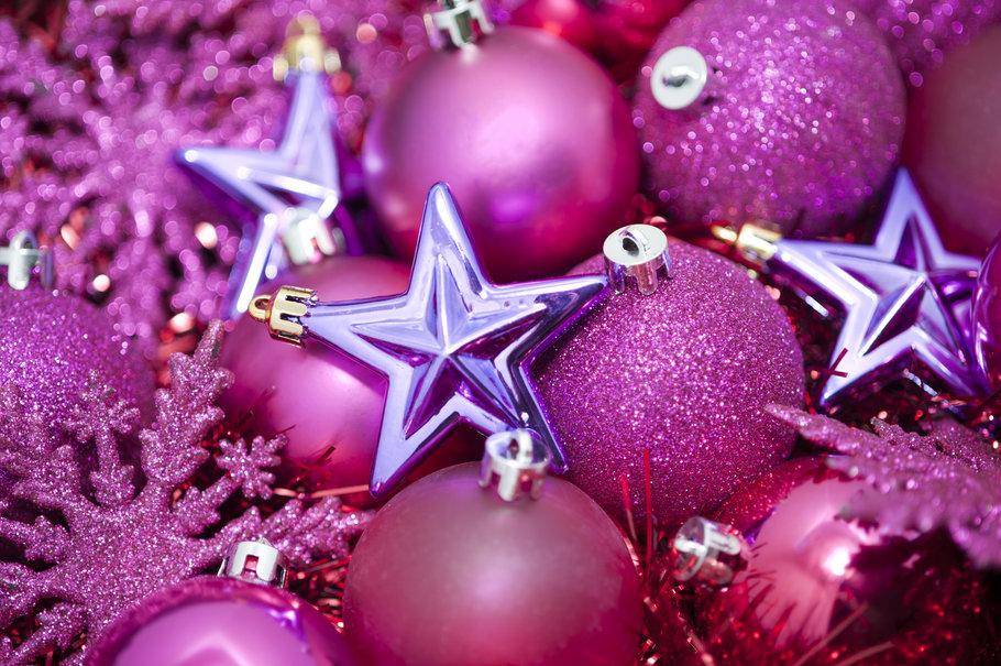 164333__pink-christmas-still-life_p